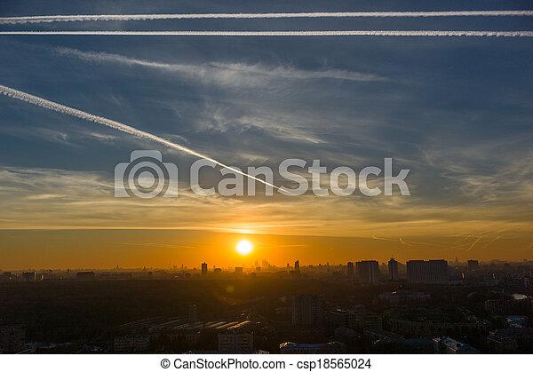 ηλιοβασίλεμα  - csp18565024