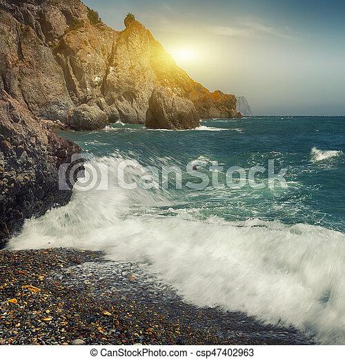 ημέρα , βραχώδης , ηλιόλουστος , ανεμίζω , παραλία  - csp47402963