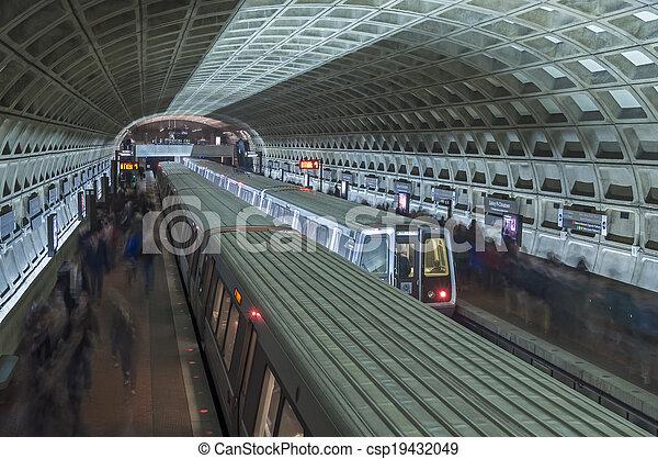 θέση , μετρό  - csp19432049