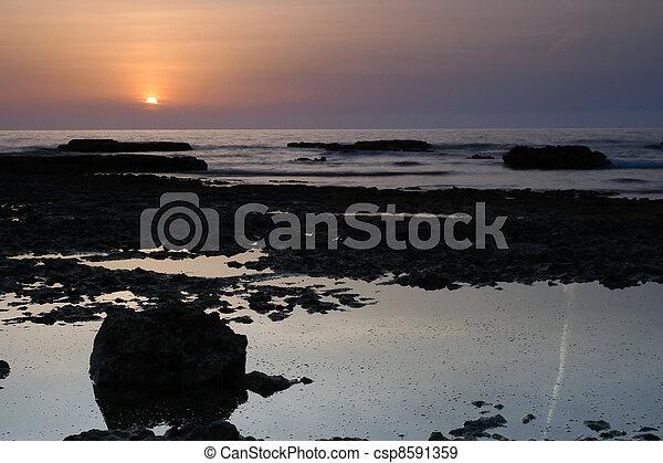 θαλασσογραφία , ηλιοβασίλεμα  - csp8591359