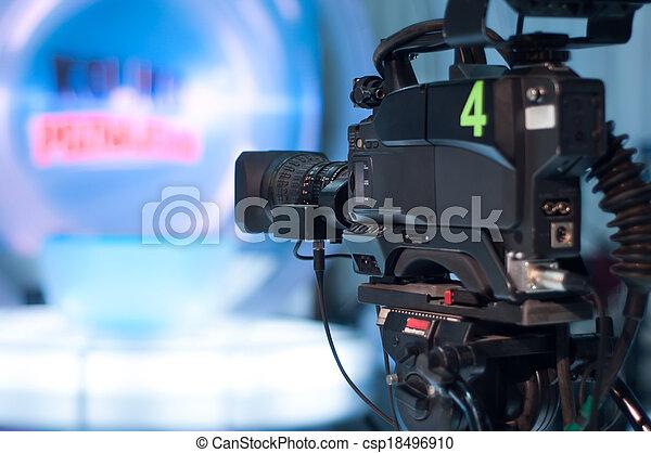 κάμερα τηλεόρασης , στούντιο  - csp18496910