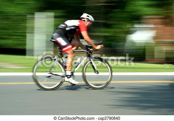 κίνηση , αγώνας , ποδήλατο , θολός  - csp3790840