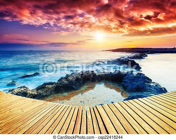 καταπληκτικός , παραλία  - csp22418244