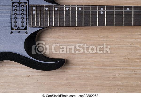 κιθάρα , μαύρο φόντο  - csp32382263