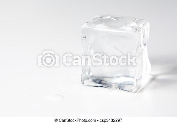 κύβος , απομονωμένος , πάγοs  - csp3432297