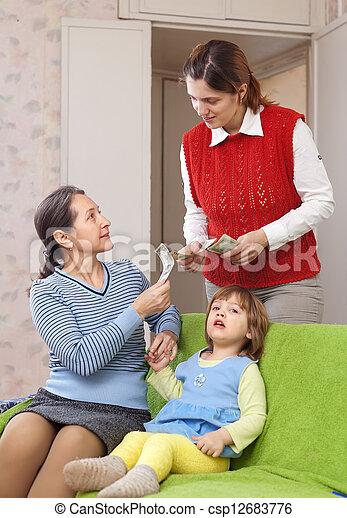 μητέρα , hires, νταντά  - csp12683776