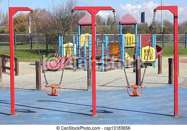μοντέρνος , παιδική χαρά  - csp13183656