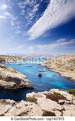 μπλε , λιμνοθάλασσα  - csp1407915