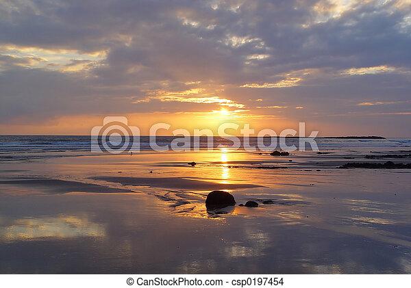 παραλία , αντανακλώ  - csp0197454