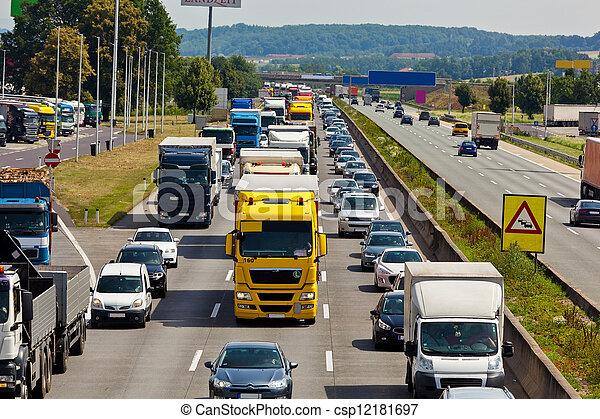 πελτέs , κυκλοφορία , εθνική οδόs  - csp12181697