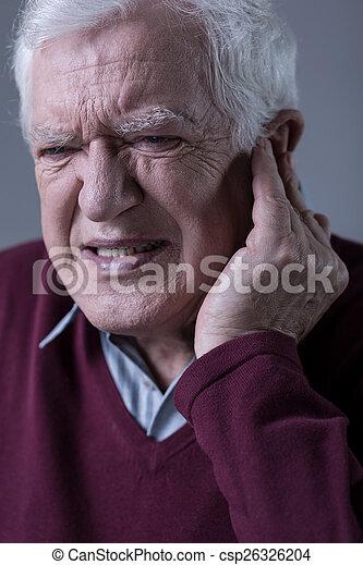 πόνοs στο αυτί , άντραs  - csp26326204