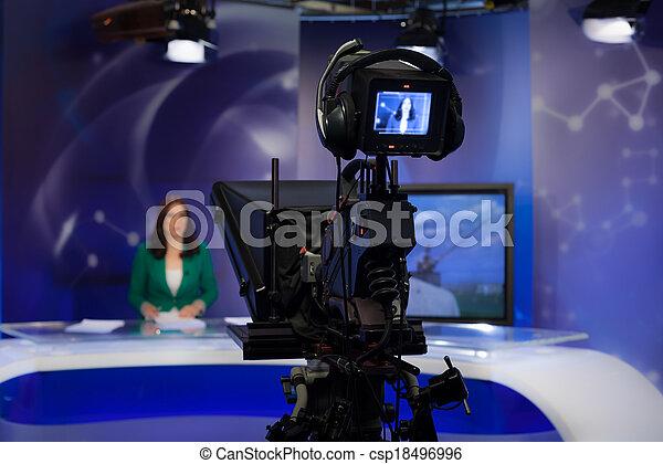 σκόπευτρο , φωτογραφηκή μηχανή , βίντεο  - csp18496996