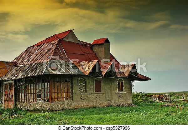 σπίτι , γριά , εγκαταλειμμένος  - csp5327936