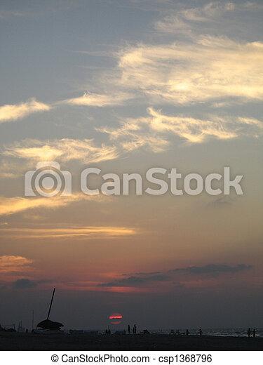 τροπικός , θαλασσογραφία , ηλιοβασίλεμα  - csp1368796