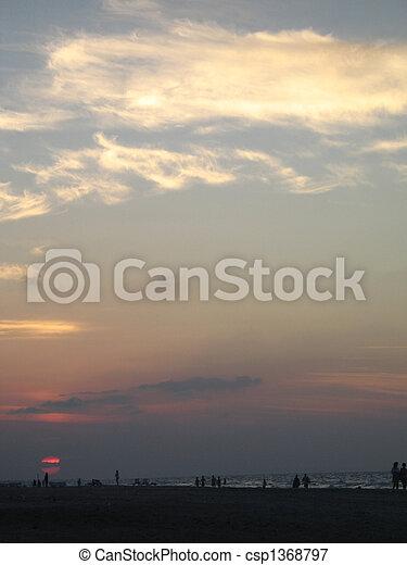 τροπικός , θαλασσογραφία , ηλιοβασίλεμα  - csp1368797