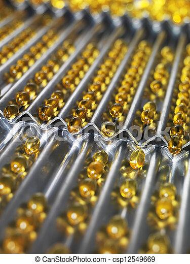 φαρμακευτικός βιομηχανία  - csp12549669