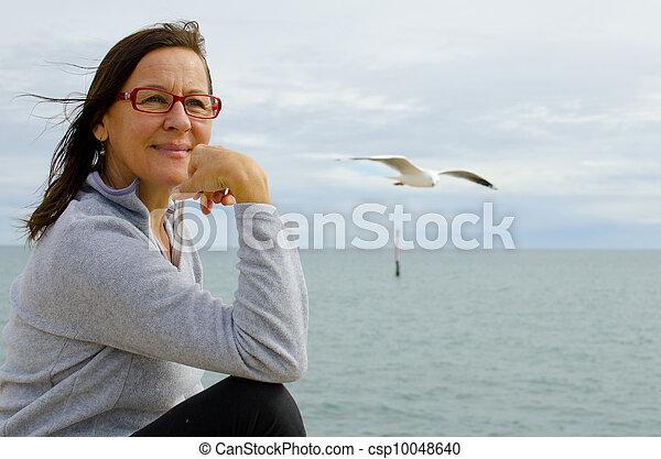 χαλάρωσα , γυναίκα , ώριμος , οκεανόs  - csp10048640
