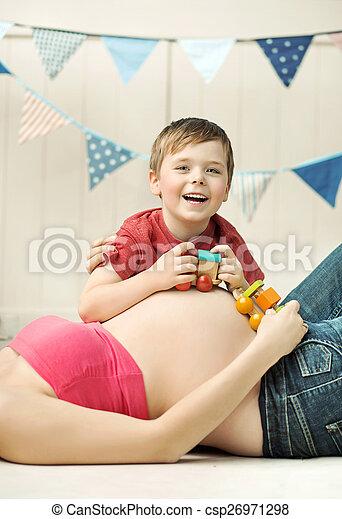 χαριτωμένος , αγόρι , αίτιο , κοιλιά , μικρό , παίξιμο  - csp26971298