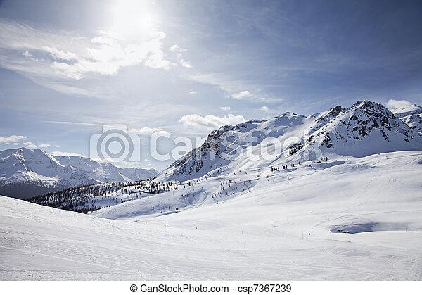 χειμερινός γραφική εξοχική έκταση  - csp7367239
