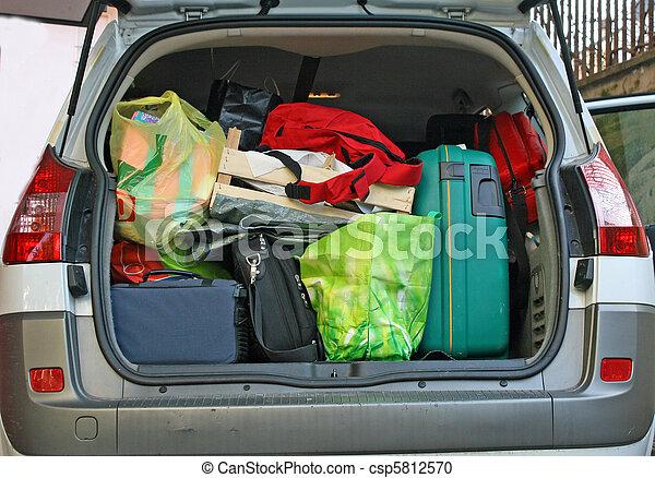 χειμώναs , αποσκευέs , αυτοκίνητο , διακοπές , αφήνω , κιβώτιο , έτοιμος , γέμισα  - csp5812570