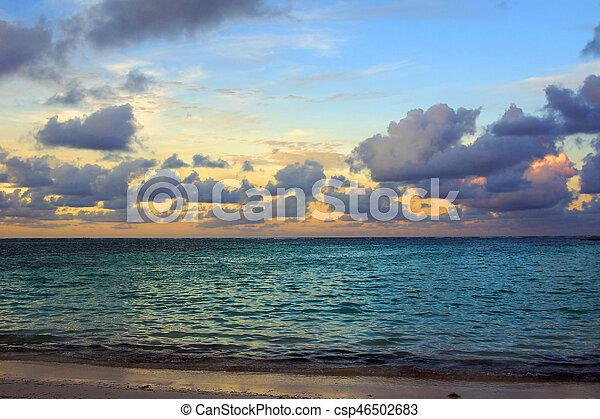όμορφος , ηλιοβασίλεμα , θάλασσα  - csp46502683
