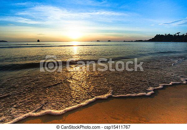 όμορφος , ηλιοβασίλεμα , sea. - csp15411767