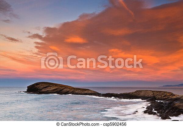 όμορφος , θαλασσογραφία , ηλιοβασίλεμα  - csp5902456