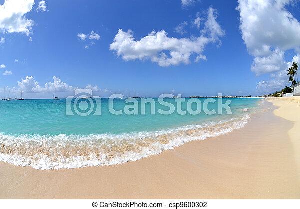 όμορφος , παραλία  - csp9600302