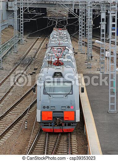 όμορφος , ψηλά , επιβάτης ακολουθία , φωτογραφία , μοντέρνος , αίτημα αμαυρώνω , ταχύτητα  - csp39353023