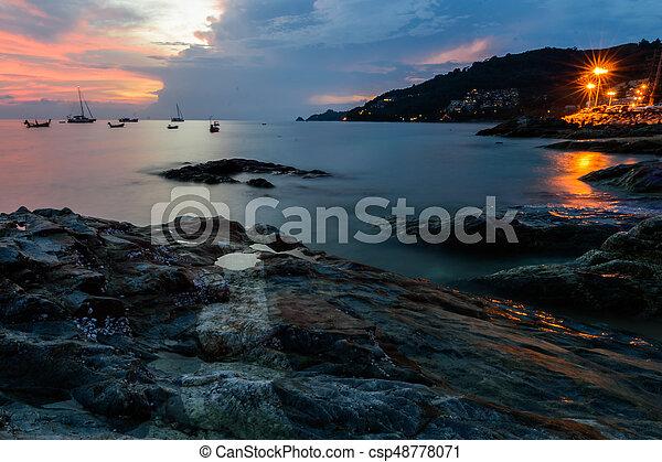όμορφος , patong , phuket , θαλασσογραφία , κόλπος , ηλιοβασίλεμα , σιάμ , παραλία  - csp48778071