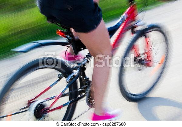 активный, велосипед, женщина - csp8287600
