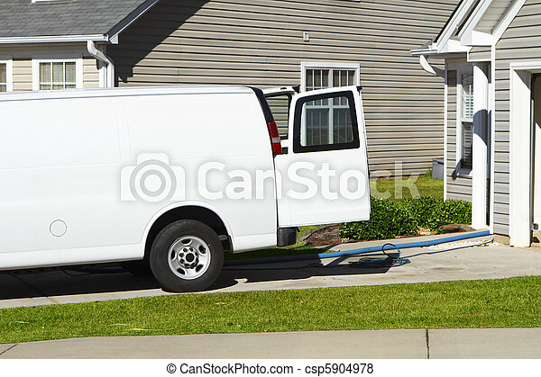 белый, фургон, уборка, оказание услуг, ковер - csp5904978