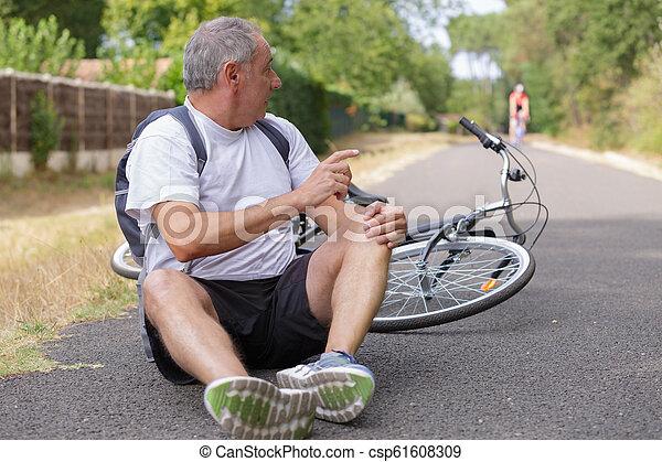 велосипед, авария - csp61608309