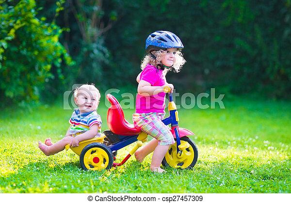 велосипед, kids, два - csp27457309