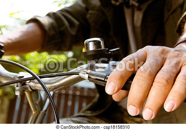 верховая езда, bike., человек - csp18158310