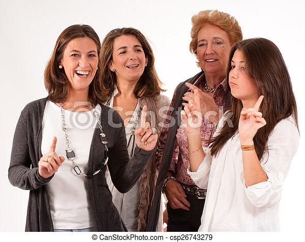 весело, семья, женщины - csp26743279
