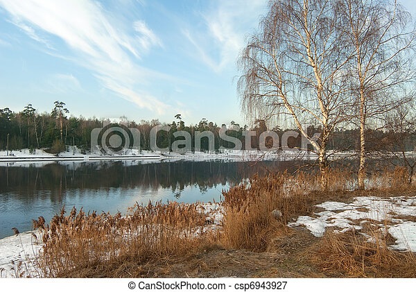 весна, река - csp6943927
