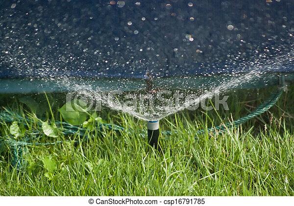 воды, разбрызгиватель - csp16791785