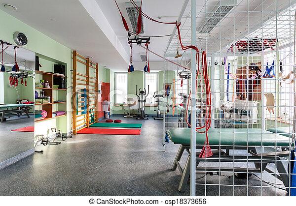 гимнастический зал, современное - csp18373656