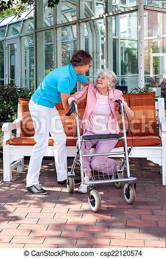 дочь, ее, помощник, старшая, леди, или, забота - csp22120574