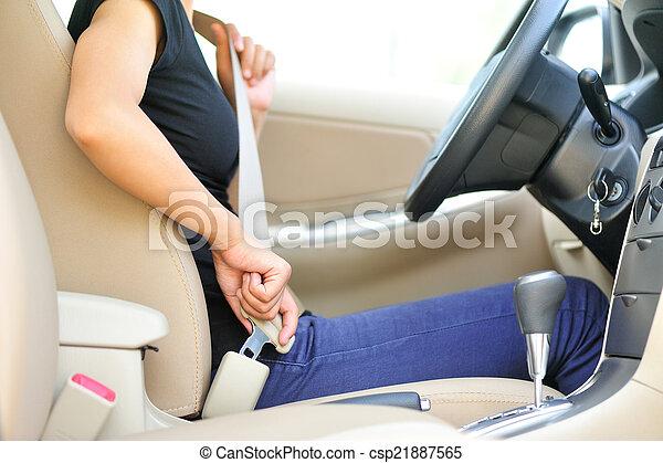 женщина, сиденье, водитель, вверх, ремень, пряжка - csp21887565