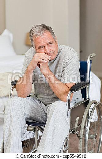 инвалидная коляска, человек, старшая, главная, улыбается, his - csp5549512