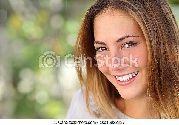 красивая, идеально, женщина, белить, улыбка - csp15922237