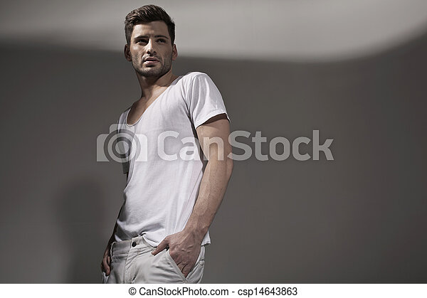 носить, красивый, весна, мускулистый мужчина, одежда - csp14643863