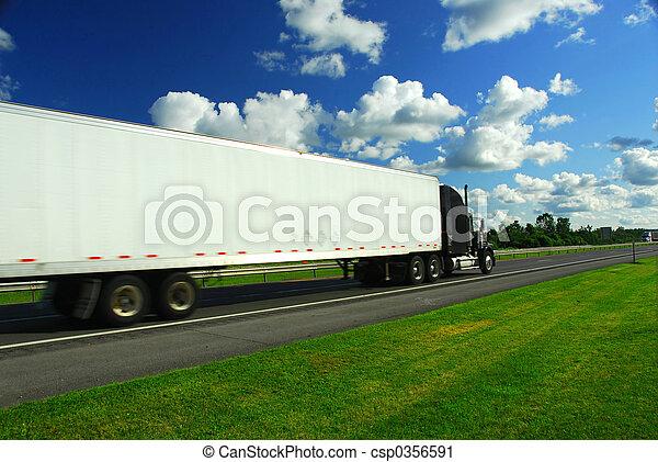 перемещение, грузовая машина, быстро - csp0356591
