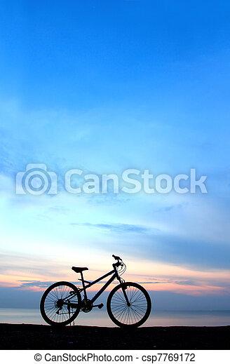 пляж, велосипед, силуэт - csp7769172