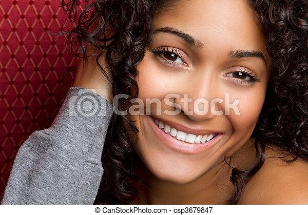 улыбается, женщина, американская, африканец - csp3679847