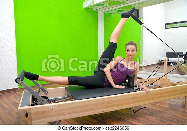 фитнес - csp2246056
