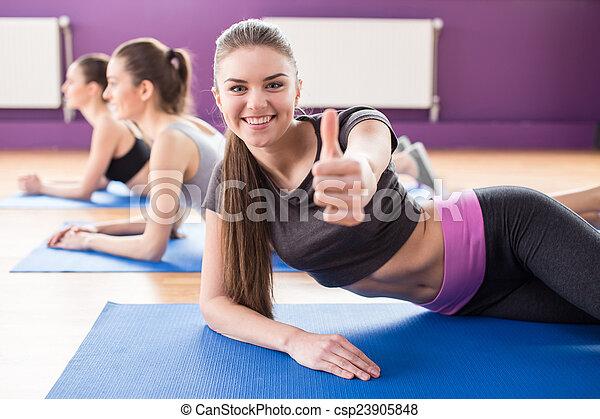 фитнес - csp23905848
