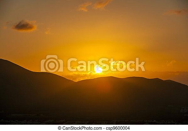 הרים, וולקני, בלאנכה, מעל, ראה, fromplaya, lanzarote., עלית שמש - csp9600004